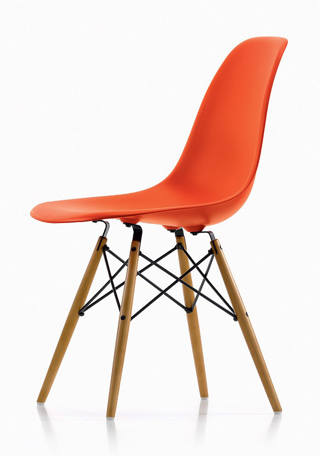 Eames-Moulded-Plastic-Chairs-1